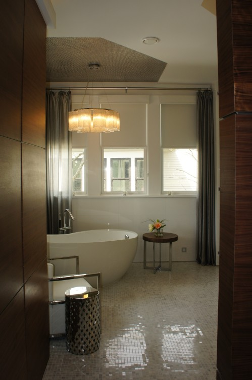 As you enter the Master Bathroom, the first thing you see is the inviting bathing area.