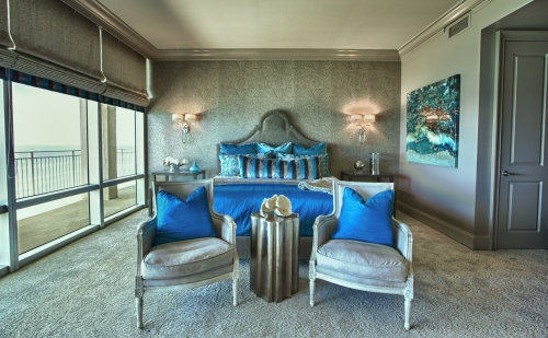 We adorned the Master in soft, warm taupe hues, with vibrant turquoise accents.